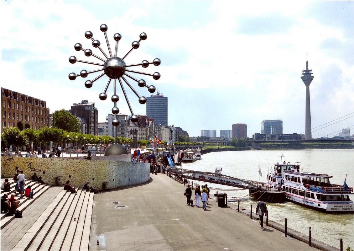 City Sky Skulpture Duesseldorf 14 08 1288 developed for Duesseldorf, Germany by Hans-Leo Peters 2018