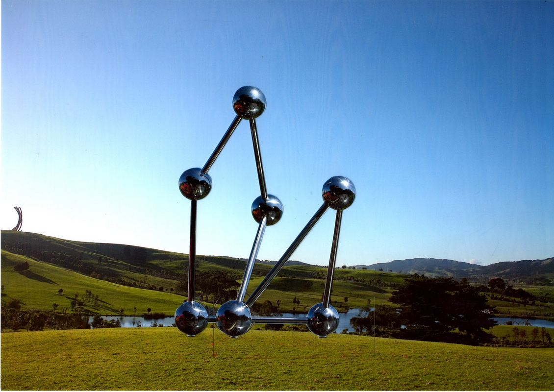 Sky Sculpture GO developed for Gibbs Farm New Zealand as GO on Land by Hans-Leo Peters 2018, the Triangel goes through Square